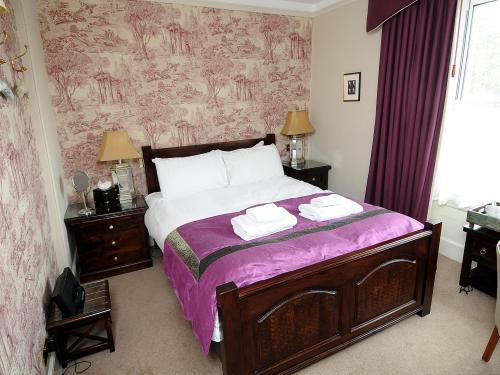 Double room-Ensuite with Shower-Small Double
