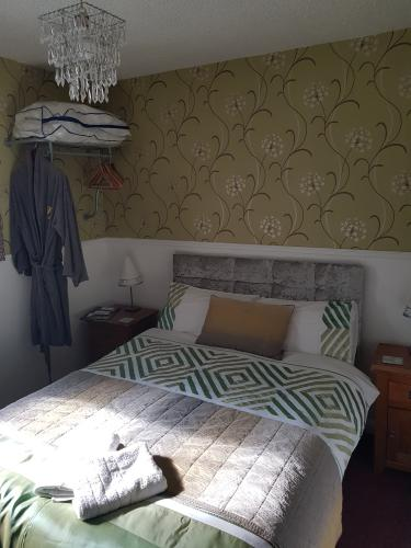 Standard-Double room-Ensuite with Shower-No view-Room 1, 3,5 - 1st Floor - Base Rate