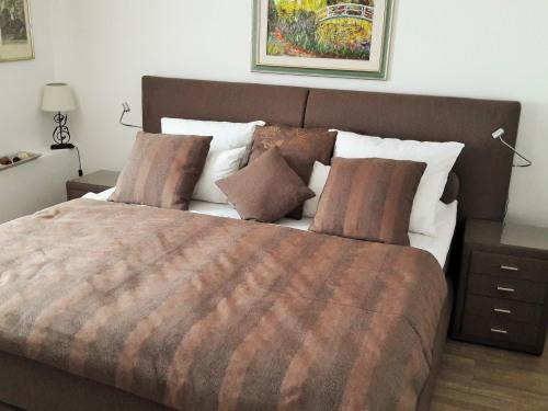 Ferienwohnung-Apartment-Ensuite Dusche-Bergblick - Basistarif