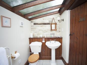 Old Dairy Double or Twin Bathroom