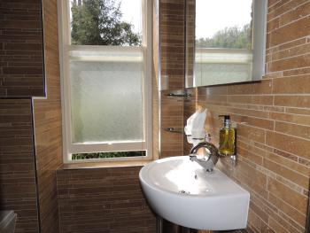 Cleeves Room - Superior Double En-suite Shower