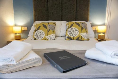 Room 1 - Double En-suite (First Floor)