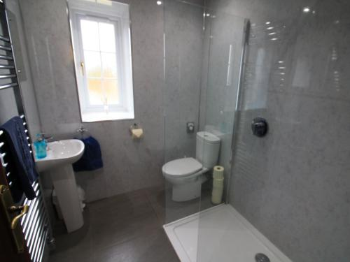 Apartment-Ensuite with Shower-Self Catering  - Base Rate