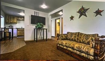 Prairie Star - Living room with loveseat