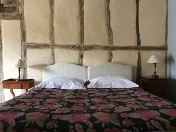 Mini suite Mouki - king size bed