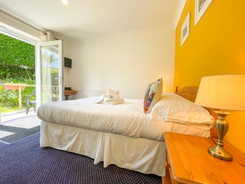 Double room-Standard-Ensuite-Garden View-Room 14 - Base Rate