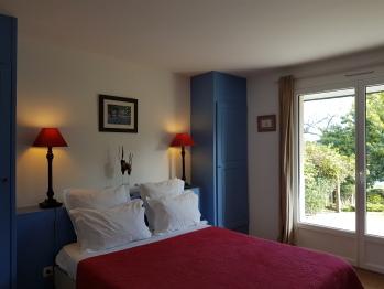 Bois Flotté chambre double confort avec terrasse équipée