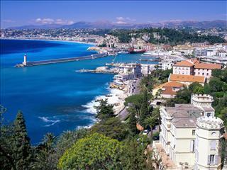 35 minutes de Nice Côte d'Azur