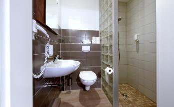 Doppelzimmer-Klassisch-Ensuite Dusche - Standardpreis