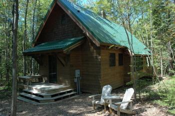 Brickyard Cottage #23-Cottage-Private Bathroom-Woodland view
