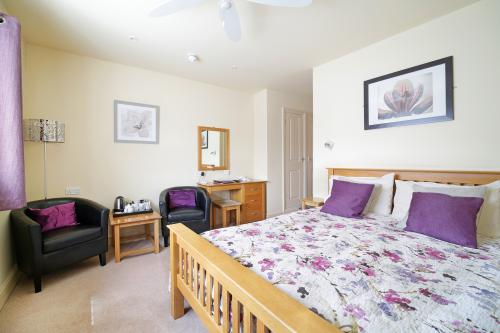Double room-Ensuite-Shower only - Base Rate