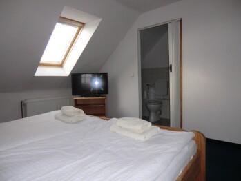 Doppelzimmer-Standard-Eigenes Badezimmer-Gartenblick - Standardpreis