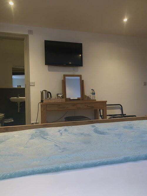Double room-Ensuite-Bath