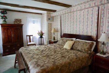 Room 06