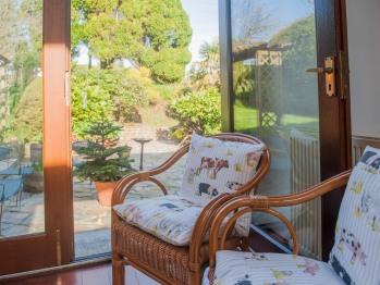 Frankaborough cottage view into garden