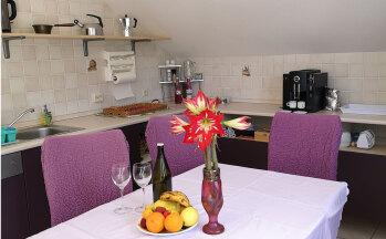 Essbereich mit gedecktem Tisch © Ferienwohnung Casa Belle Vacanze