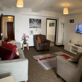 Cardigan House - Avad - cosy large living room to enjoy TV with family