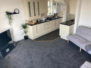 Liquorice Suite - Kitchen/Lounge