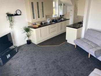 Liquorice Suite - Kitchen/Lounge