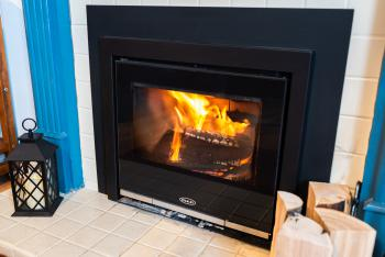 Seawinds B&B Guest sitting room fire place