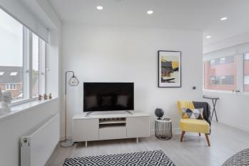 Lounge, Smart TV, Nest Heating Control