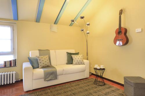 Appartamento-Bagno privato-Balcone-Allevi