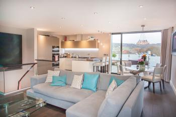 Henge House, Penthouse Apartment - Living room/dining with fully equipped kitchen