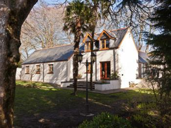 Little Red Rooster Rest and Spa -