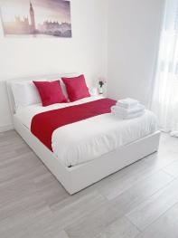 Agyeman property - LUXURY Private Double Room