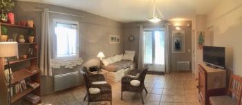 Appartement-Confort-Salle de bain et douche-Vue sur la campagne-RDC Plein Pied