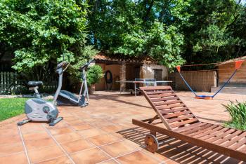 Jeux pour piscine au Mas Bazan