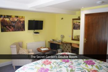 The Secret Garden Double Room with King Bed