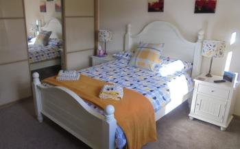 Double room-Superior-Ensuite-Garden View-Grey Room - Base Rate