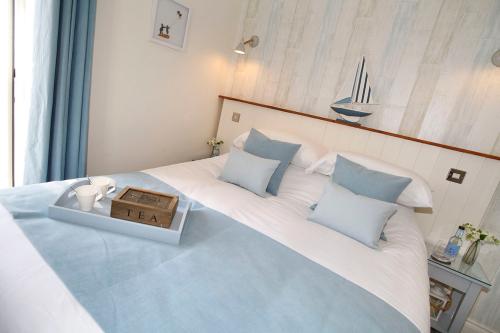 Double room-Deluxe-Ensuite with Bath-Balcony-Room 3 or 4 - Double Room with Balcony