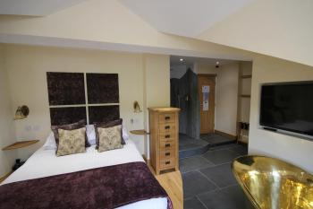 Room 1 King Room