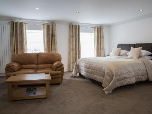 Suite-Luxury-Ensuite-Castle Suite