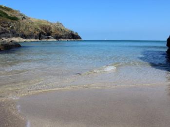 Housel Bay beach