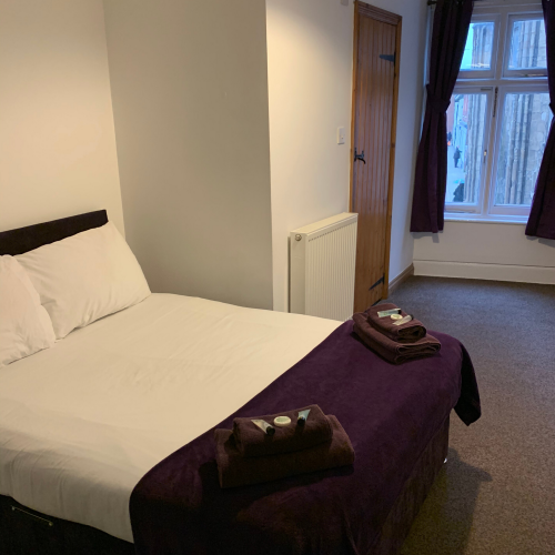 Double room-Ensuite-(Room Only) - Base Rate