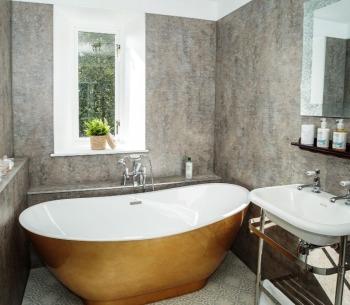 Bathroom, Morton Suite