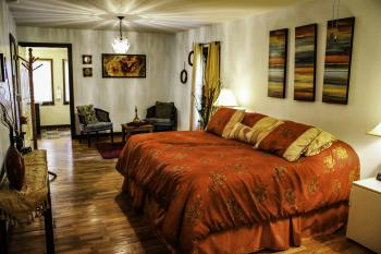 Double room-Ensuite-Standard-Red Port Room - Double room-Ensuite-Standard-Red Port Room