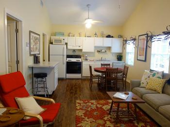 Texas Cottage Kitchen - fully equipped