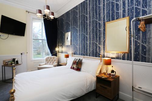 Double room-Luxury-Ensuite with Shower-Landmark view-1st Floor - Bed and Breakfast