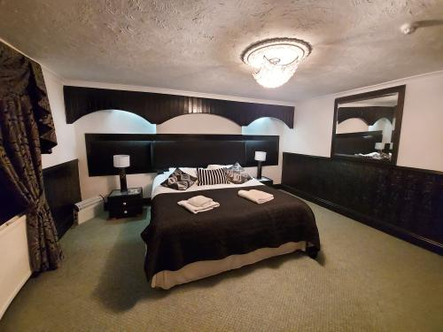 Family room-Deluxe-Ensuite