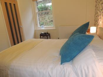 Double room-Standard-Ensuite with Shower-(Room 6) - Base Rate