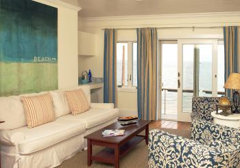 Harbors Inn Suite