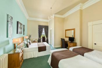 Room 6 - Family Room (sleeps 4)