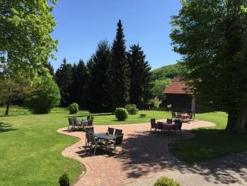 Sonnen-Terrasse Jagdschloß Walkenried