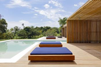 KA BRU Beach Boutique Hotel - Pool deck