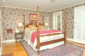 M3 Queen size bed Master -Suite-Ensuite-Superior-Countryside view