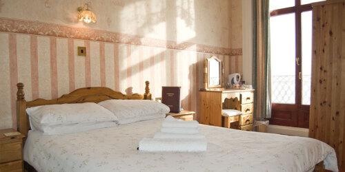 Double room-Standard-Ensuite-Balcony-Sea view
